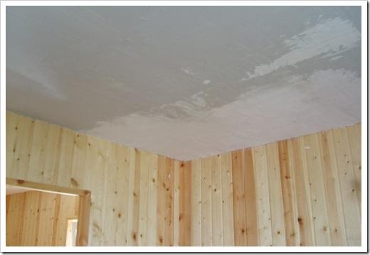 Какая шпатлевка лучше для потолка?