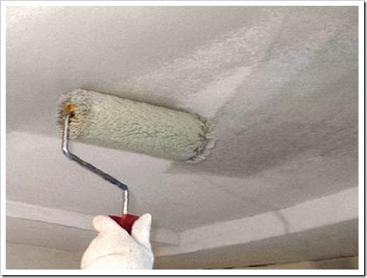 Как грунтовать потолок перед покраской?