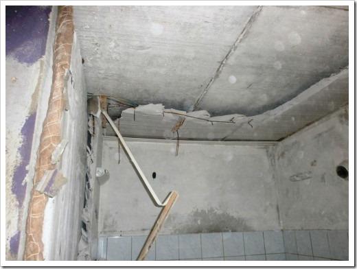 Демонтаж сантехкабины в панельном доме