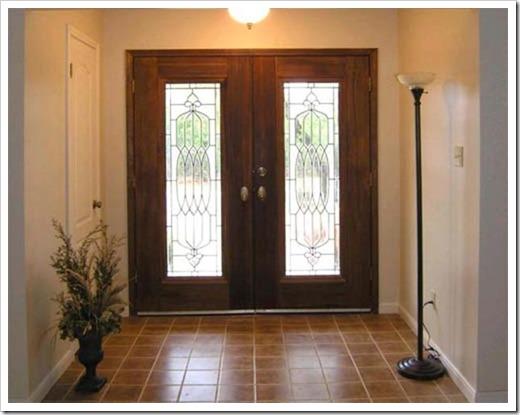 Установка входных деревянных дверей