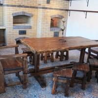 Чем обработать деревянную мебель