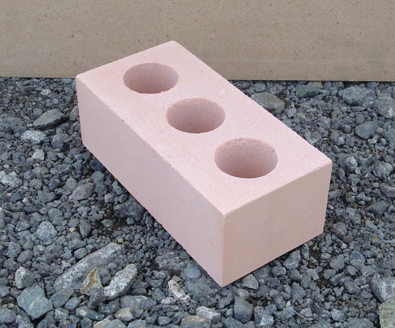 Чем отличается силикатный кирпич от керамического