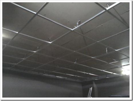 Монтаж осветительного оборудования в подвесной потолок