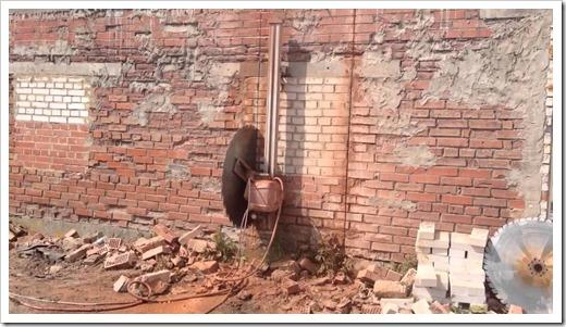 Чем режется кирпичная стена?