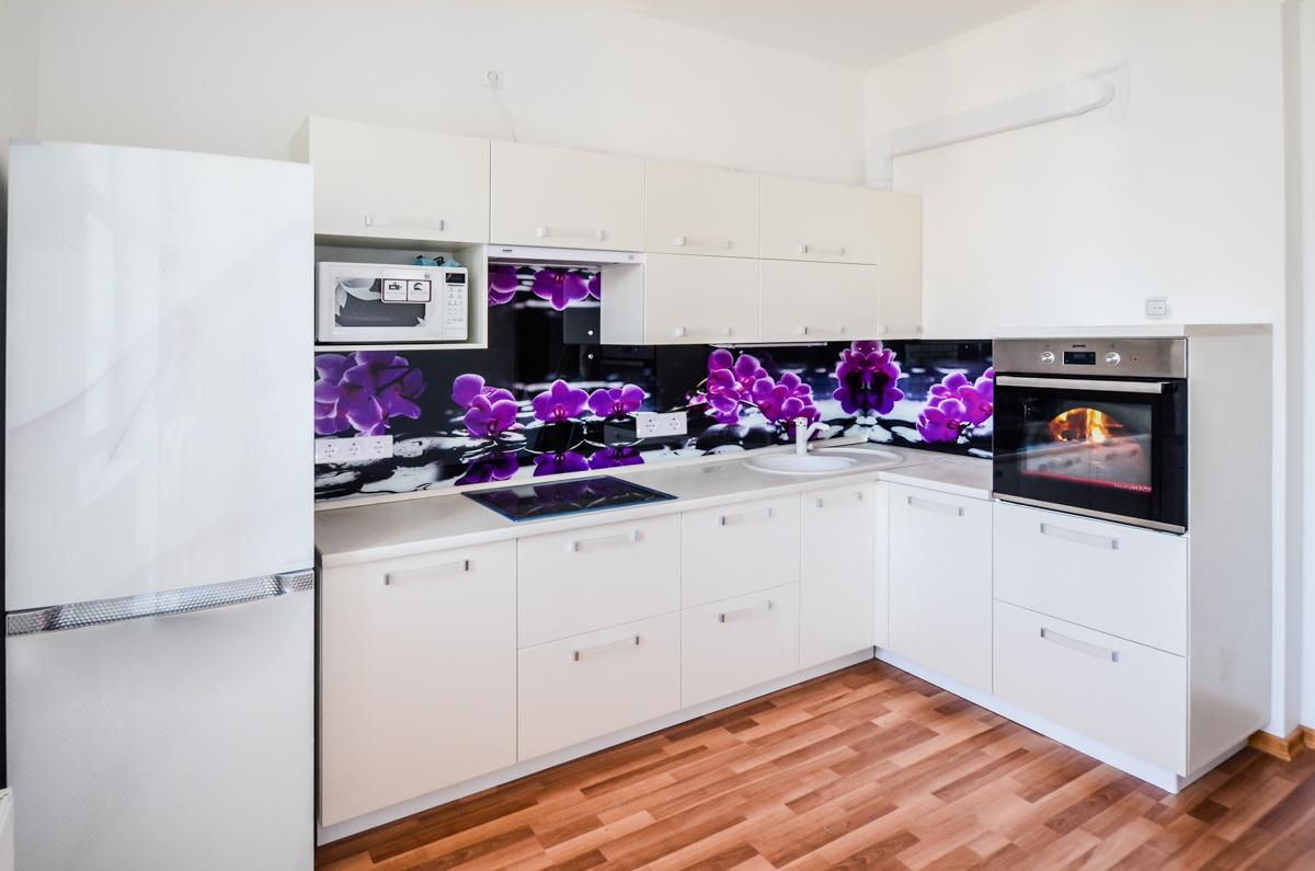 Виды материалов для фартуков на кухню