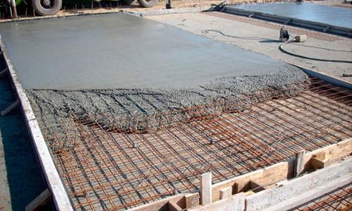 zalivka-monolitonogo-fundamenta