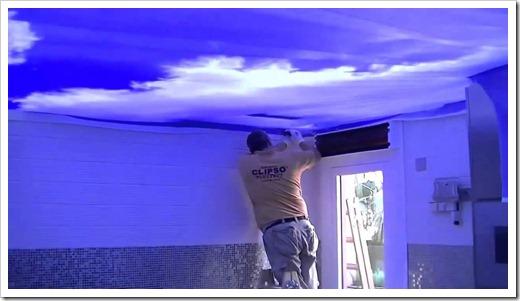 Почему натяжные потолки продолжают оставаться лидером в отделке помещений?